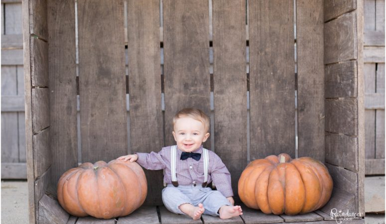 Little Pumpkin –  Indianapolis Family Photographer